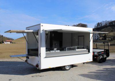Lebensmittelwagen mit 2 Klappen und Tisch